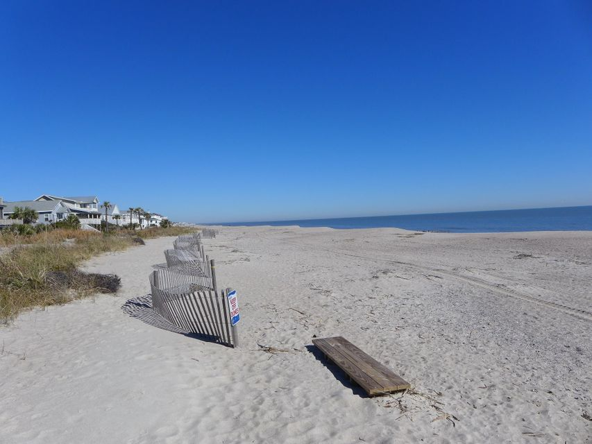 1218  Nancy Street Edisto Beach, SC 29438