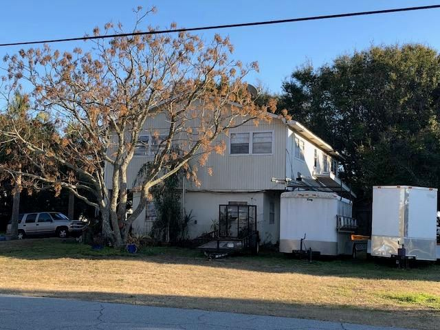 3  39TH Avenue Isle Of Palms, SC 29451