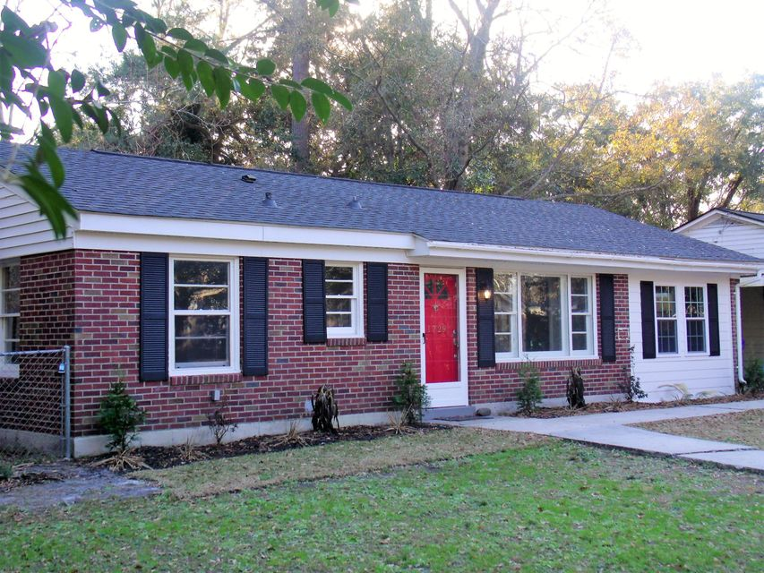 1729  Pinecrest Road Charleston, SC 29407