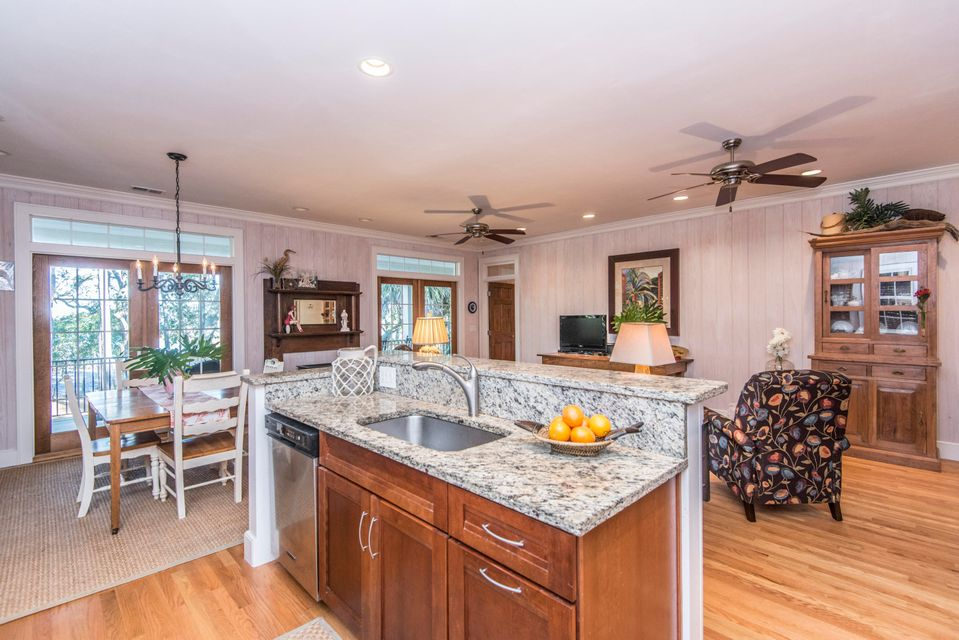 1678 Oak Island Dr Charleston, SC 29412