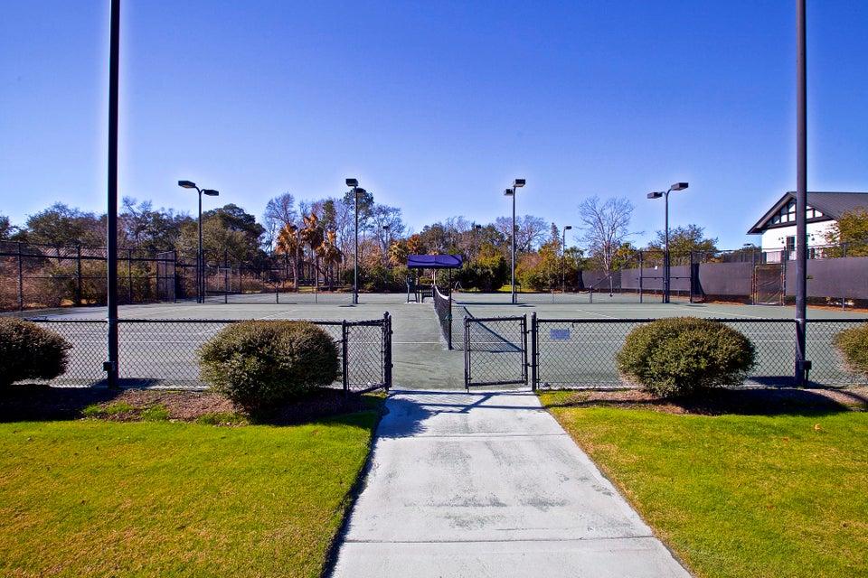 250 Island Park Drive Charleston, SC 29492
