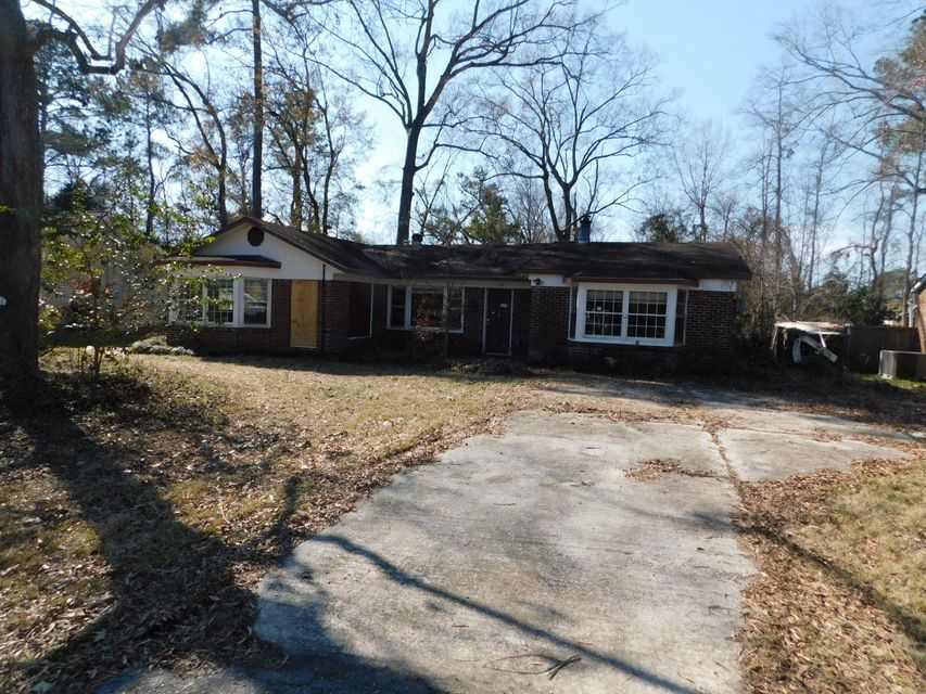 128  Cannon Avenue Goose Creek, SC 29445
