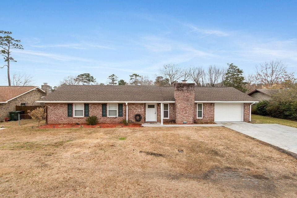 323 Huntsman Drive Goose Creek, SC 29445