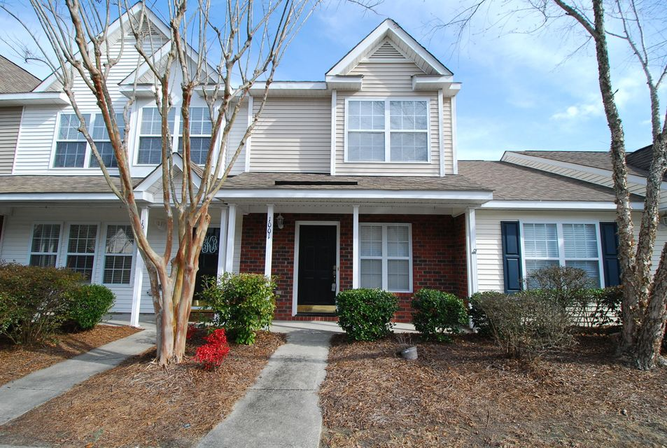 1001  Elm Hall Circle Summerville, SC 29483