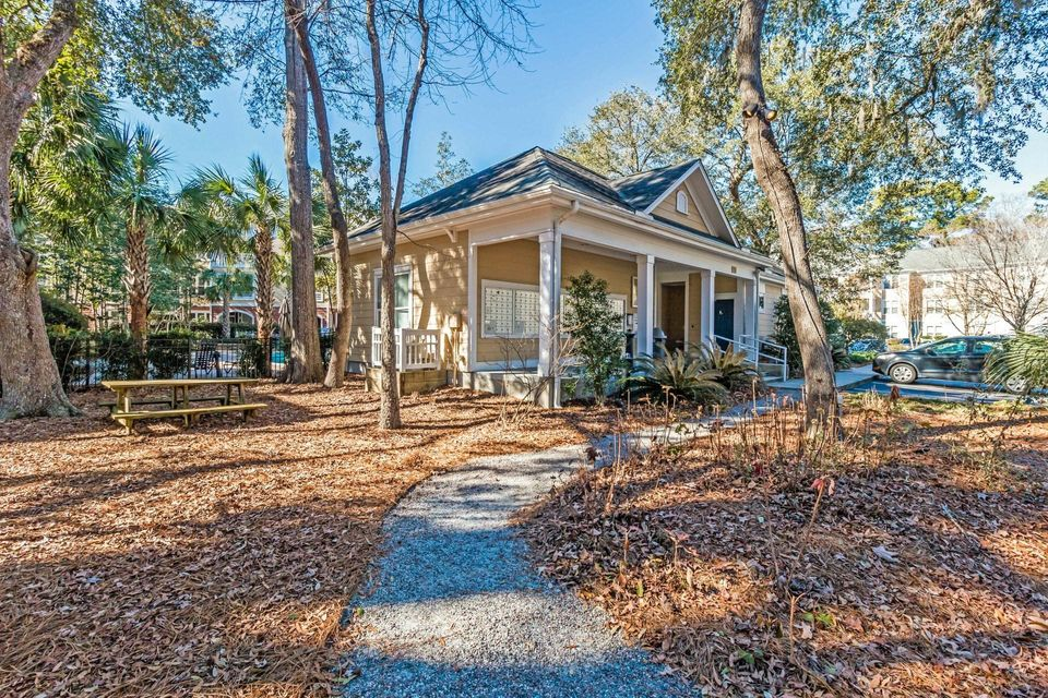 500  Bucksley Lane Charleston, SC 29492