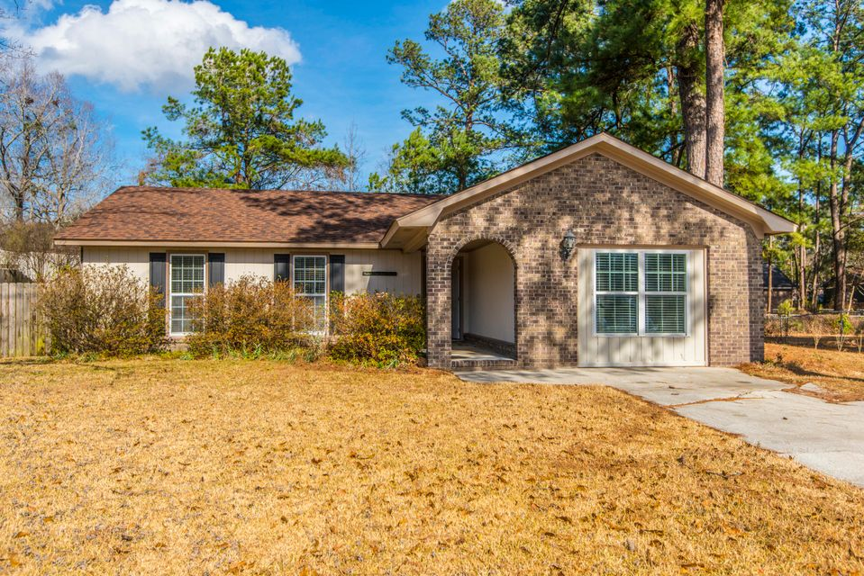 103 Cobb Court Summerville, SC 29485