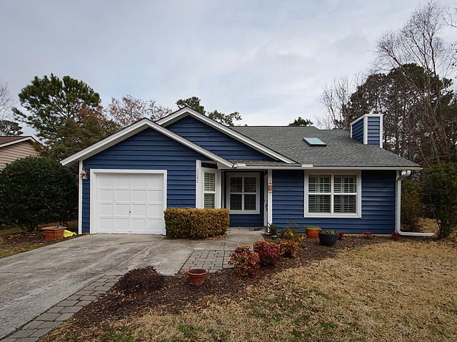 1282  Lake Mallard Boulevard Mount Pleasant, SC 29464