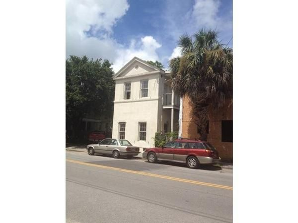 192  Saint Philip Street Charleston, SC 29403