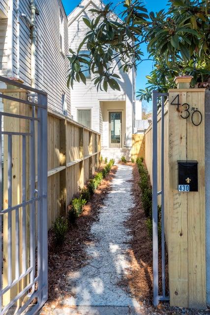 430 Sumter Street Charleston, SC 29403