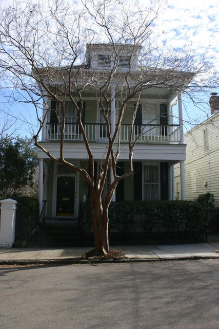 8  Savage Street Charleston, SC 29401