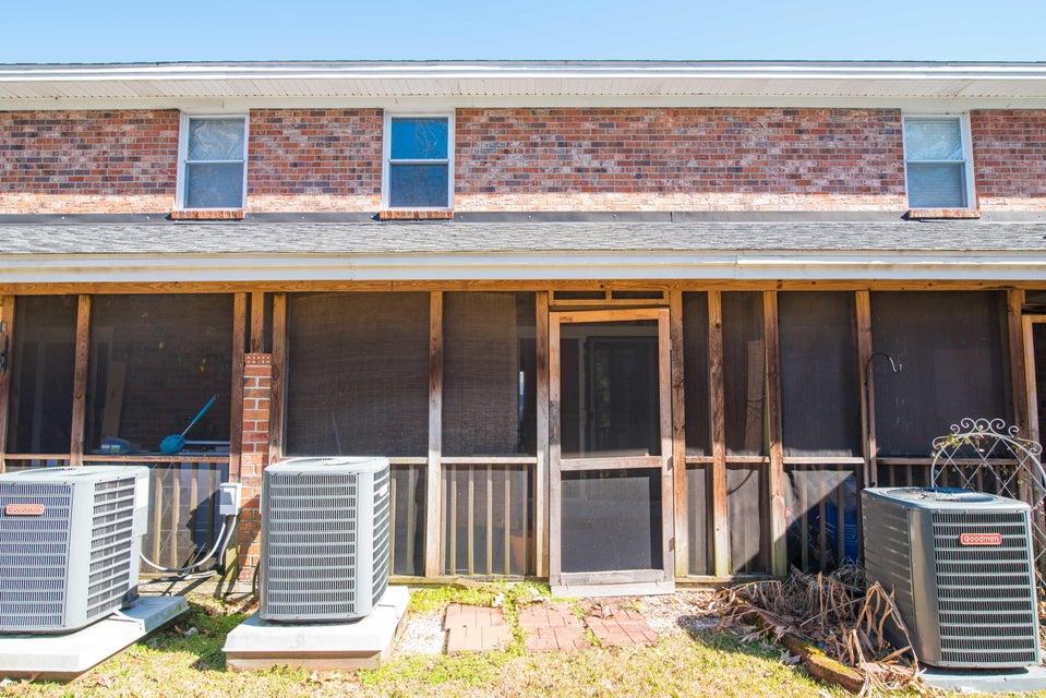 1816  Mepkin Road Charleston, SC 29407