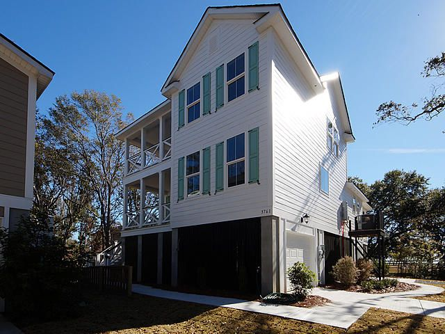 3761 Tip Lane Mount Pleasant, SC 29466