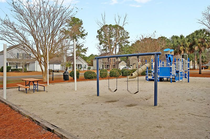 1131 Peninsula Cove Drive Charleston, SC 29492