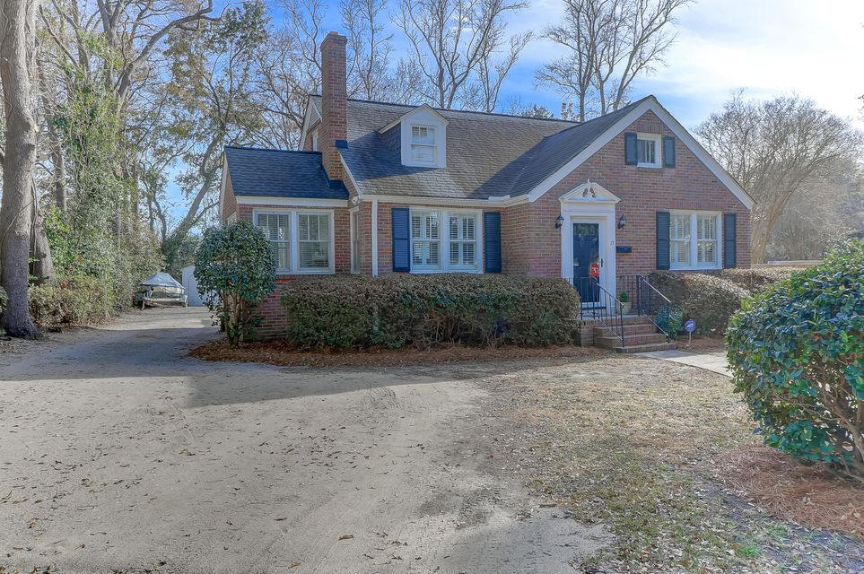 17 Oakdale Place Charleston, SC 29407