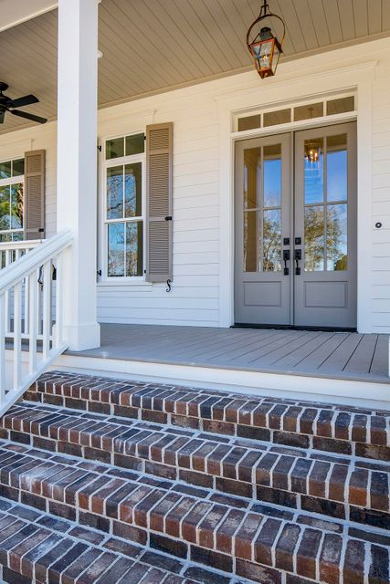 310 Chimney Back Street Daniel Island, SC 29492