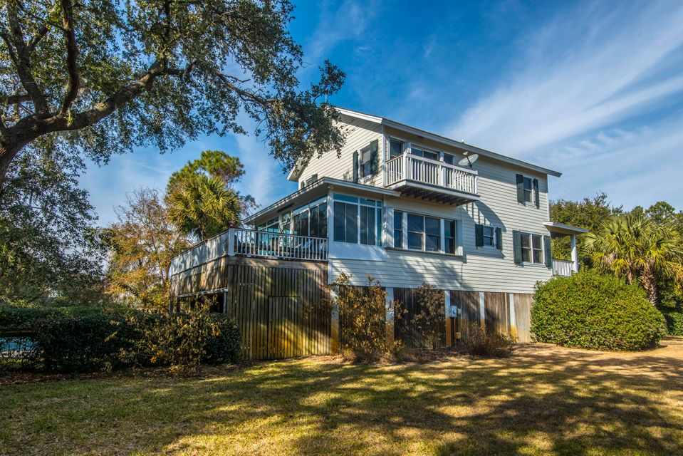 1648 Home Farm Road Mount Pleasant, SC 29464