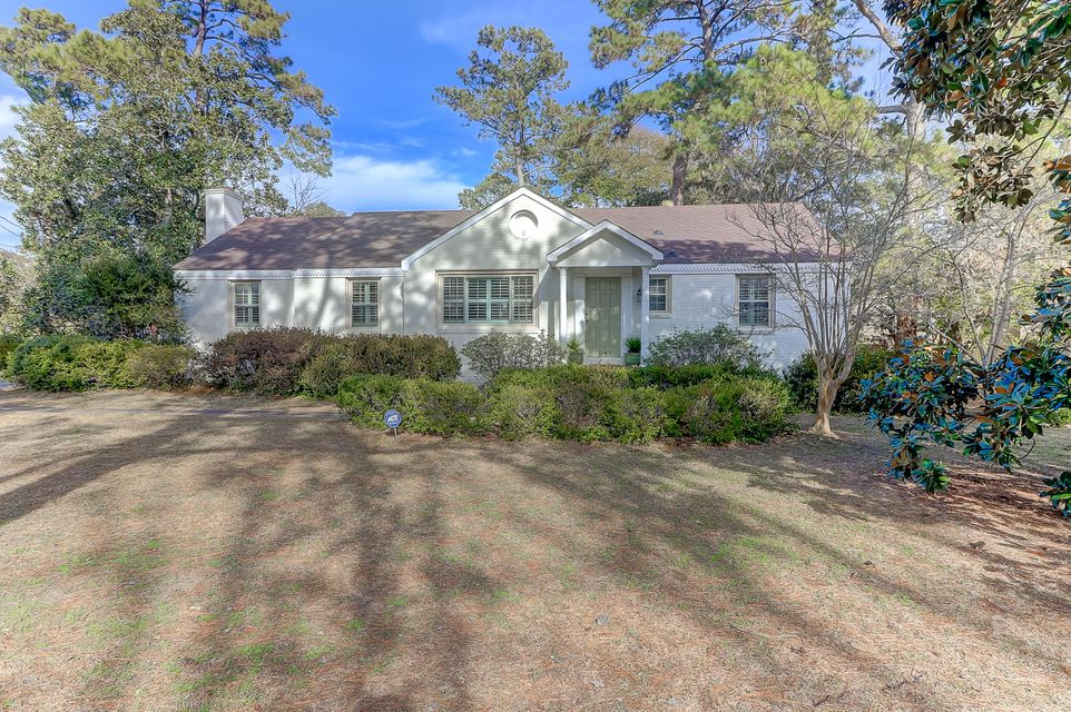 1045  Tall Pine Road Mount Pleasant, SC 29464