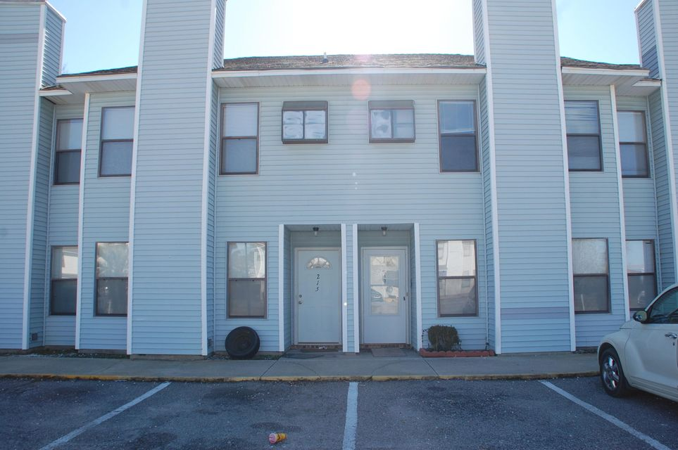 213  Pineshadow Drive Goose Creek, SC 29445