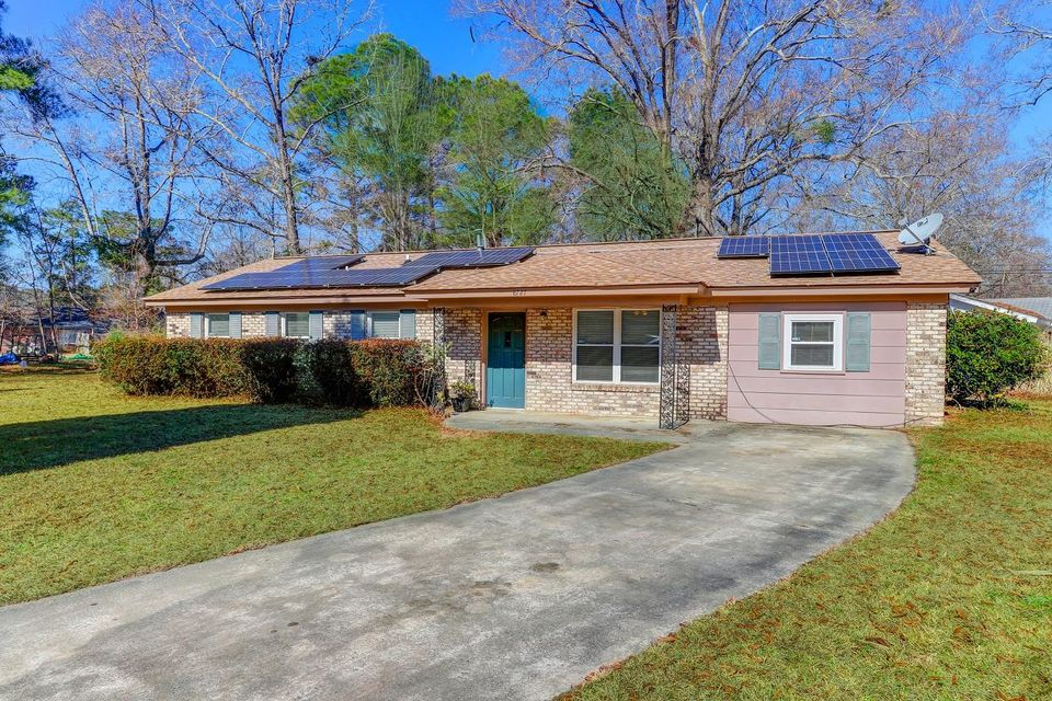 8727  Auburn Drive North Charleston, SC 29406
