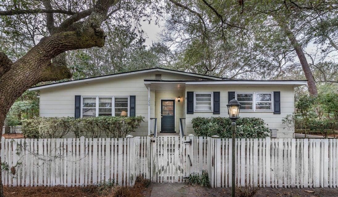 1239  Wisteria Road Charleston, SC 29407