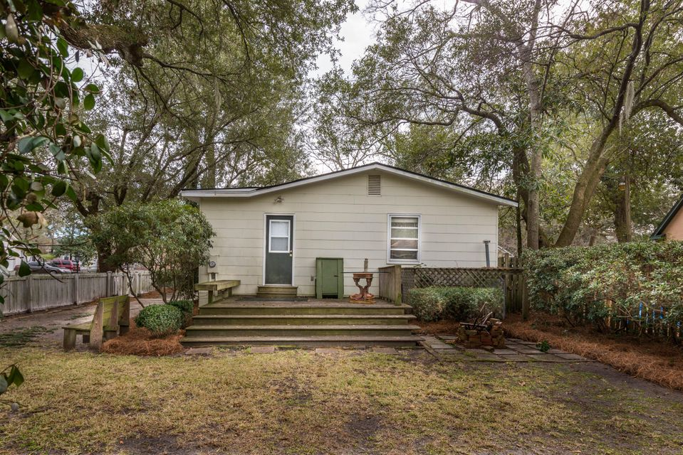 1239 Wisteria Road Charleston, SC 29407