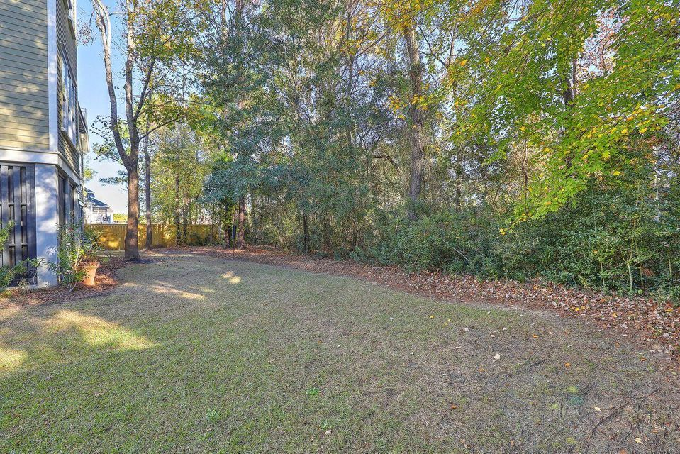 2509 Charter Oaks Drive Mount Pleasant, SC 29466