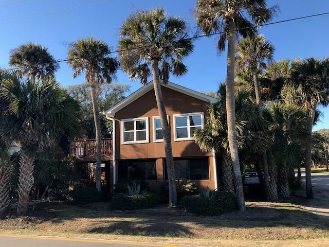 520 E Arctic Avenue Folly Beach, SC 29439
