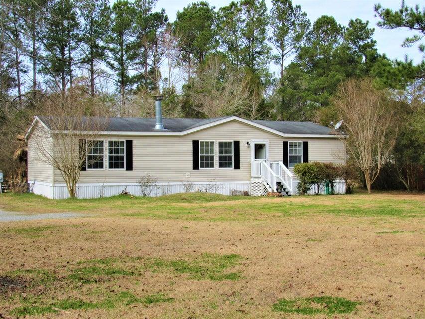 420  Clara Lane Summerville, SC 29483