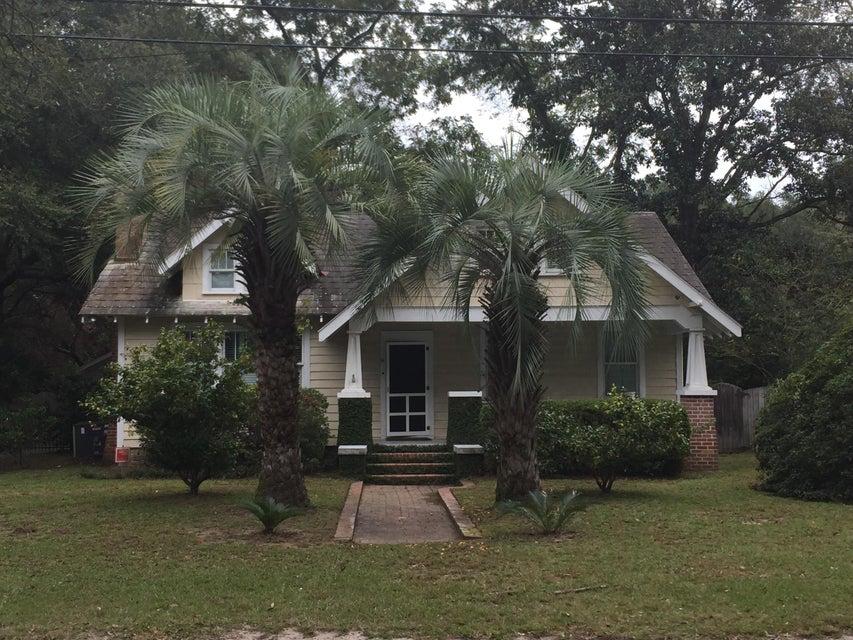 222 Woodland Shores Charleston, SC 29412