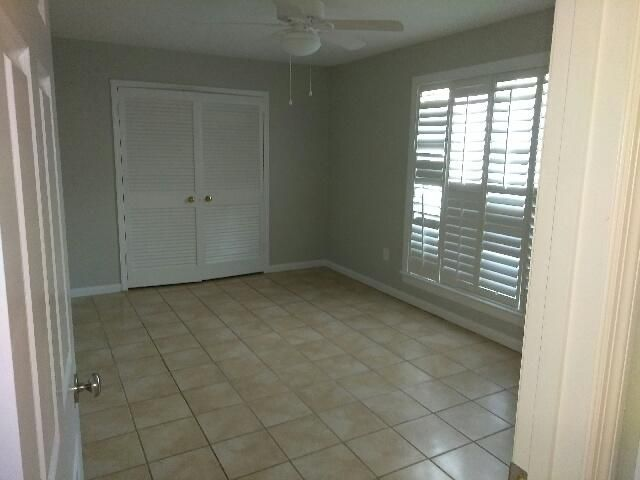 867  Colony Drive Charleston, SC 29407