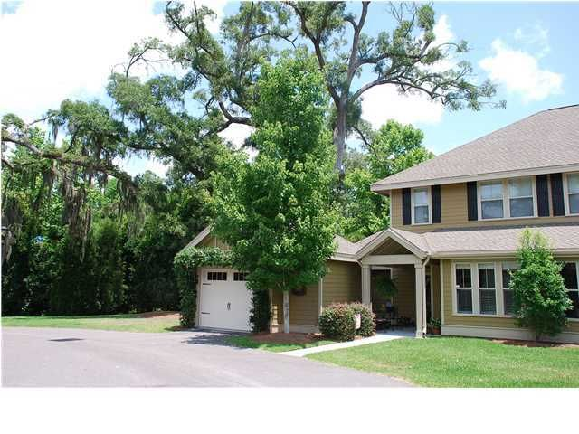 5555 Colonial Chatsworth Circle North Charleston, SC 29418