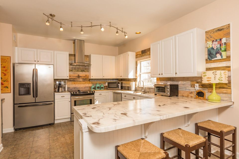 1389  Lochmere Court Mount Pleasant, SC 29466