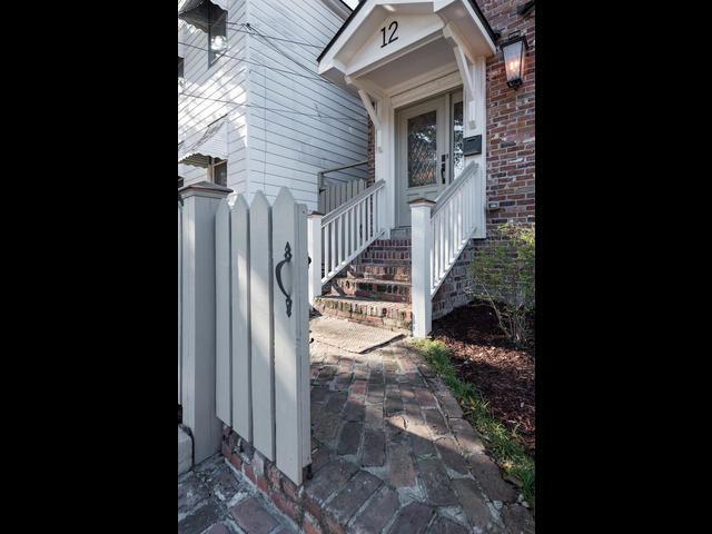 12  Moultrie Street Charleston, SC 29403