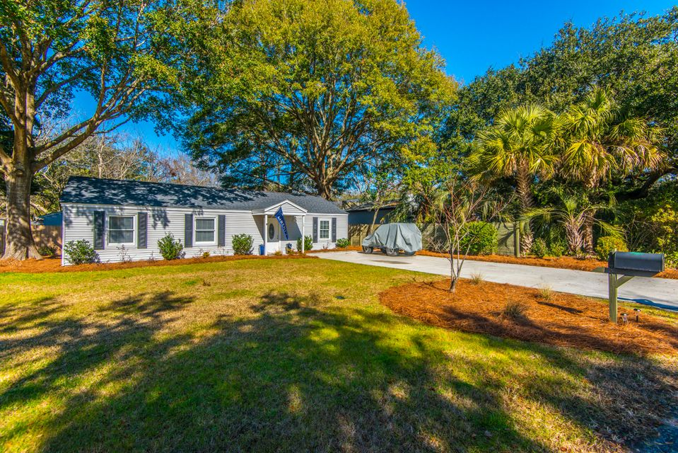 15  Joyce Avenue Mount Pleasant, SC 29464