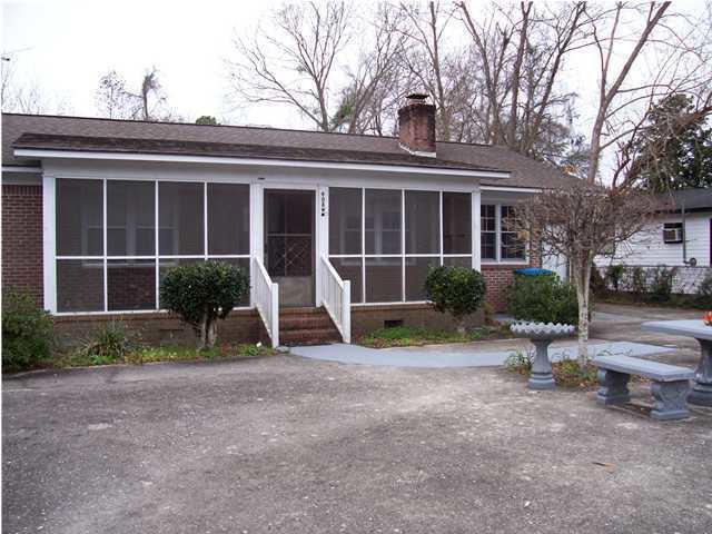 908 W Doty Avenue Summerville, SC 29483