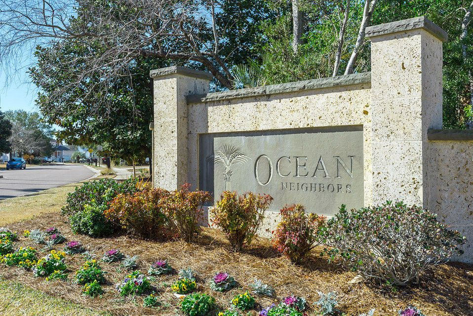 1574  Ocean Neighbors Boulevard Charleston, SC 29412