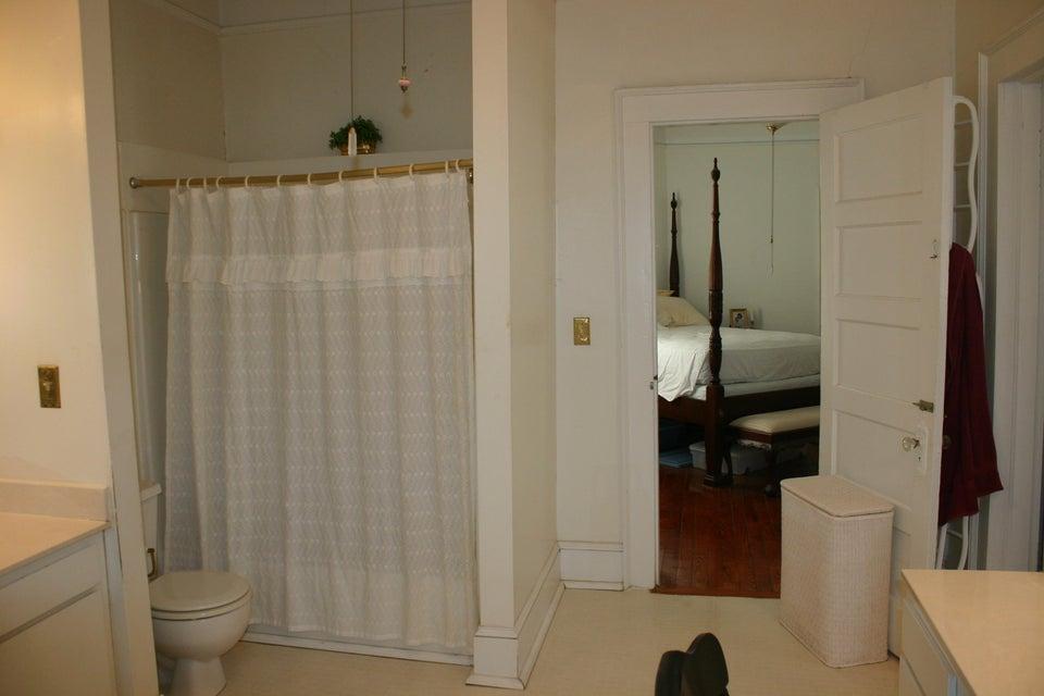 8 Savage Street Charleston, SC 29401