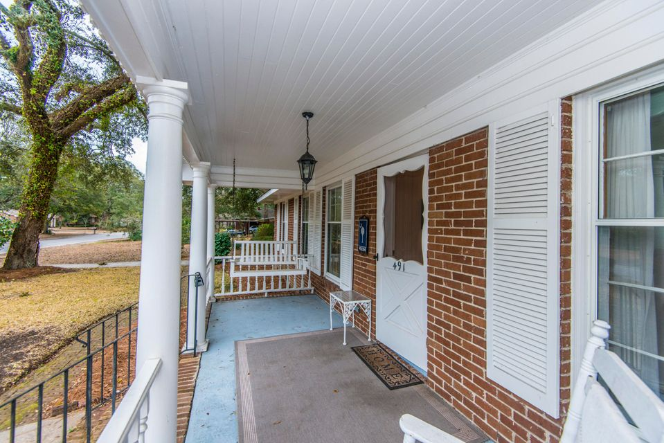 491  Wallace Drive Charleston, SC 29412