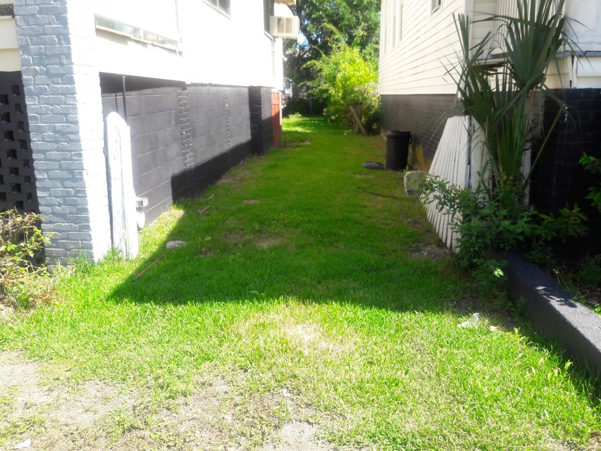 27 Lenox Street Charleston, SC 29403