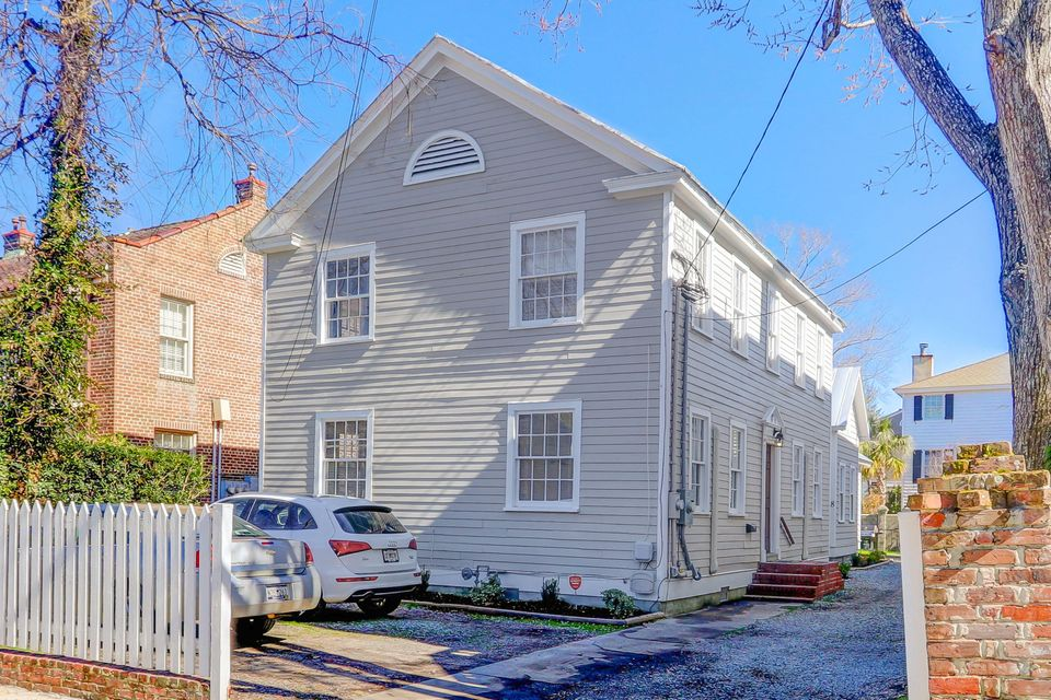 8 Smith Street Charleston, SC 29401