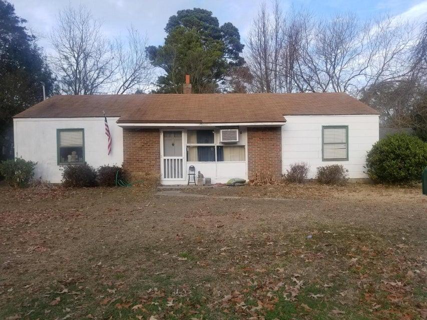 75  Vincent Drive Mount Pleasant, SC 29464