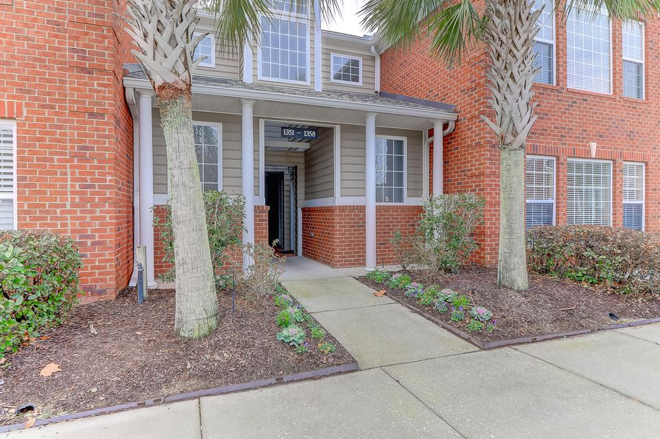 1356  Hopton Circle Mount Pleasant, SC 29466
