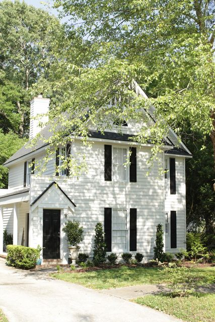 962 Governors Court Mount Pleasant, SC 29464