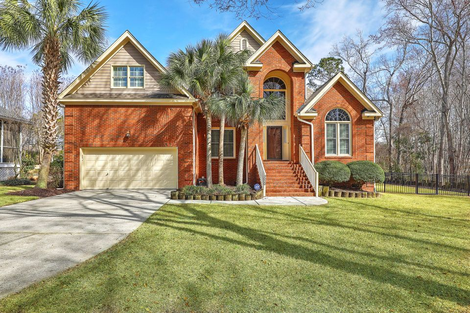3020  Linksland Road Mount Pleasant, SC 29466
