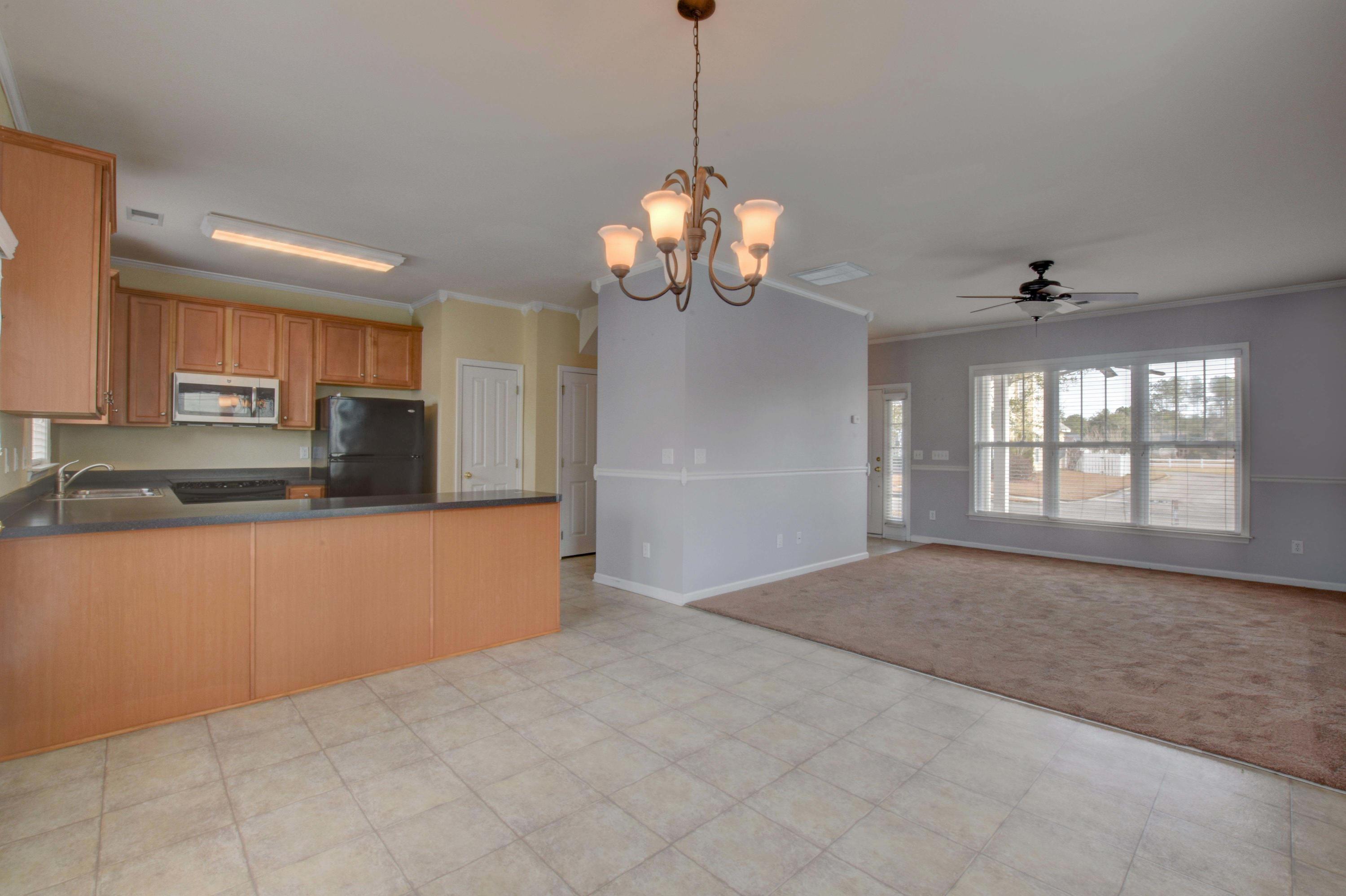 206  Hyacinth Street Summerville, SC 29483