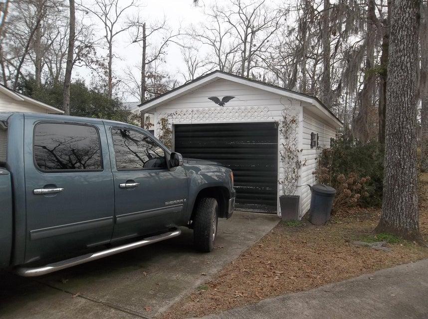 249  Roosevelt Drive Eutawville, SC 29048