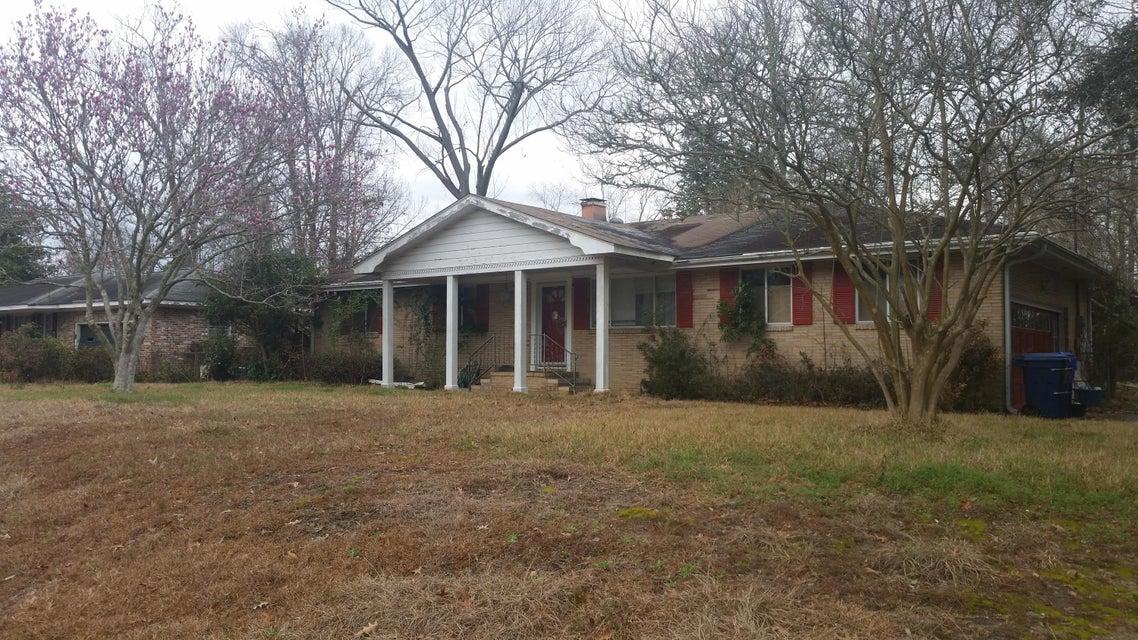 838  Melrose Drive Charleston, SC 29414