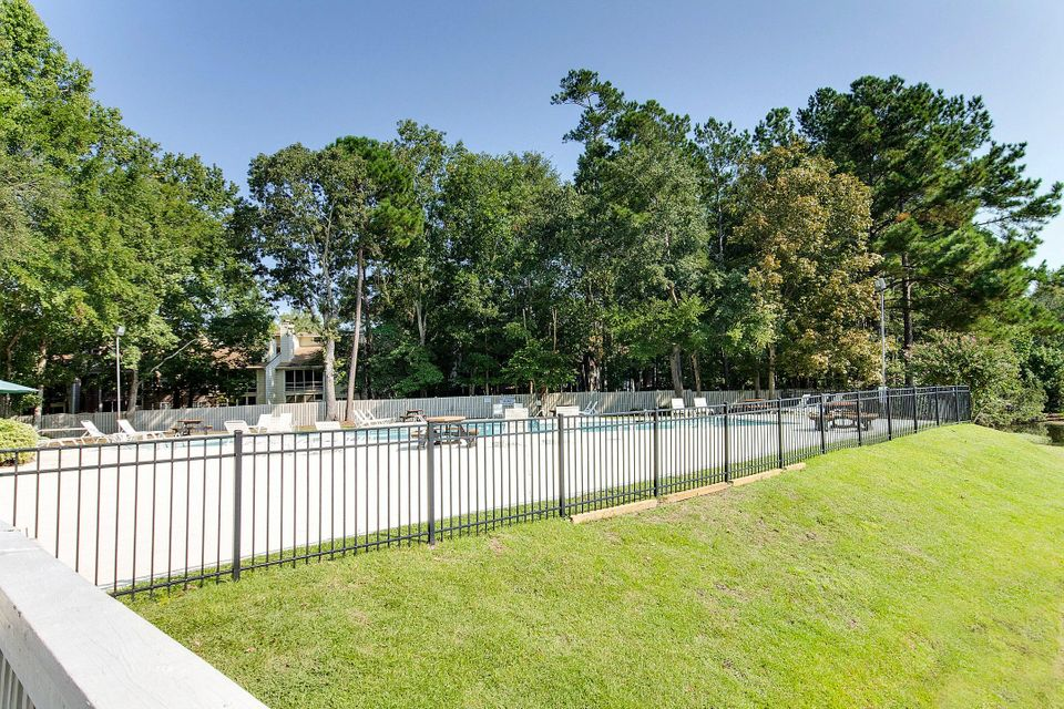 7910  Windfern Court North Charleston, SC 29418