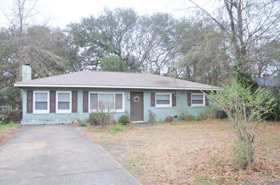 16  Oak Forest Road Charleston, SC 29407