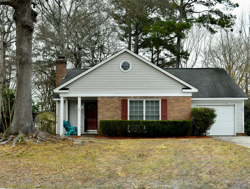 121  Towne Square Road Summerville, SC 29485